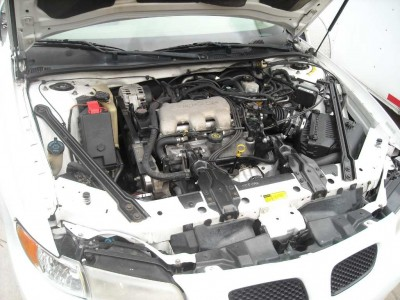 Under the hood of Steve's 2001 Pontiac Grand Prix SE. The engine is a 3100 cubic centimeter V6.
